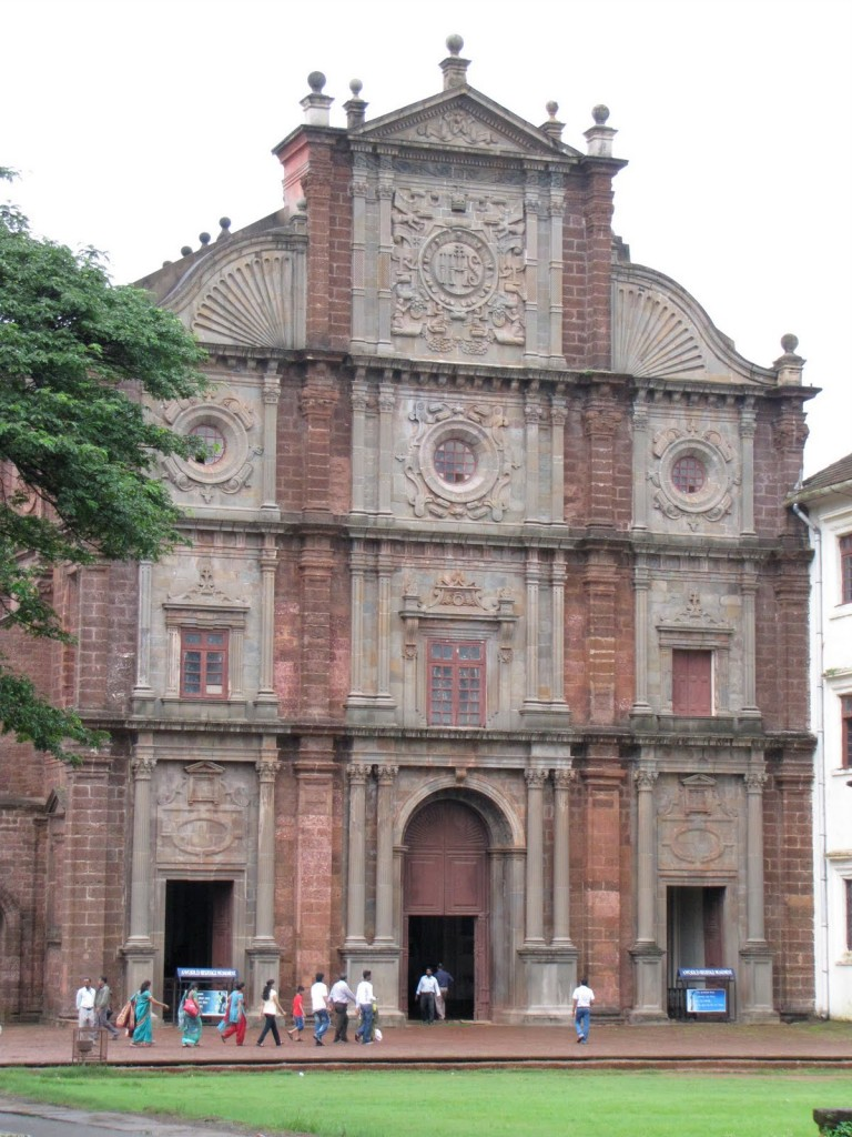 Hide Basilica of Bom Jesus,- Old-Goa-Church Portuguese church of goa